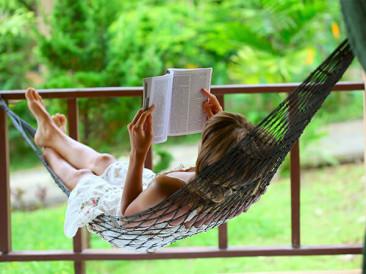 Книгите, които ще прочетем тази пролет