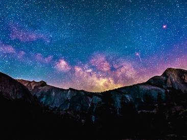 Две падащи звезди – разказ на Пламена Димитрова